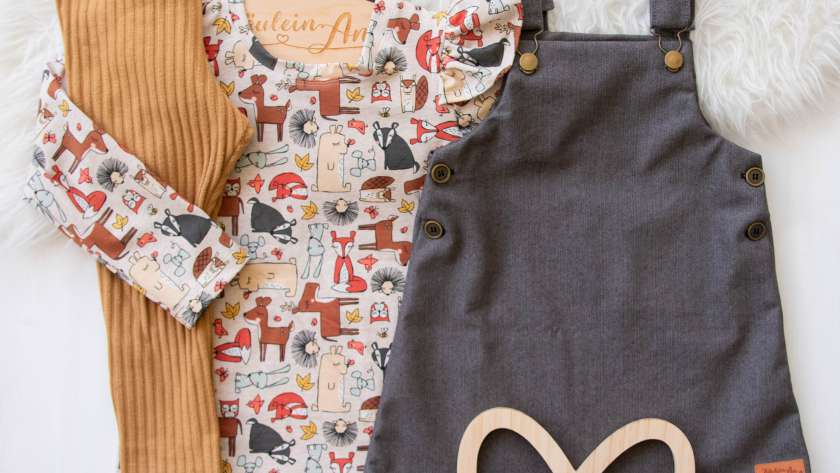 Trägerkleid mit Engelsshirt